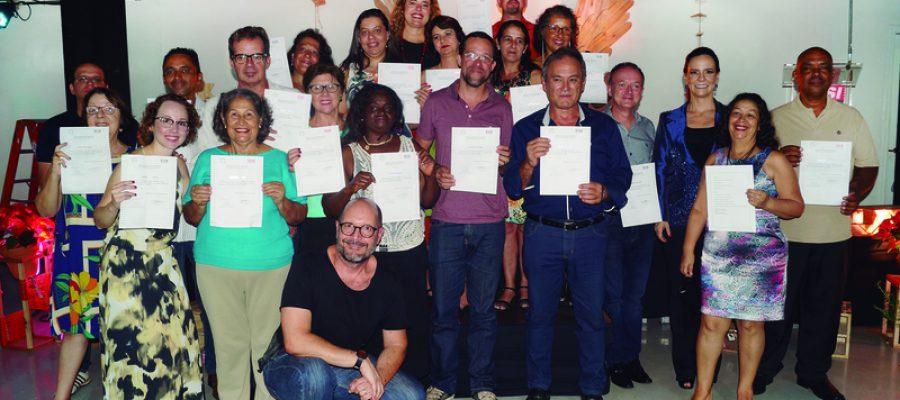Projeto Sustent´ARTE Ribeirão Preto certifica 19 novos profissionais em marcenaria