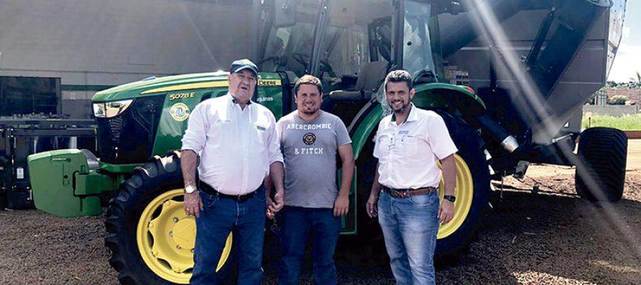 Colorado Máquinas realizou evento voltado para  Colheitadeira de Grãos em Guaíra