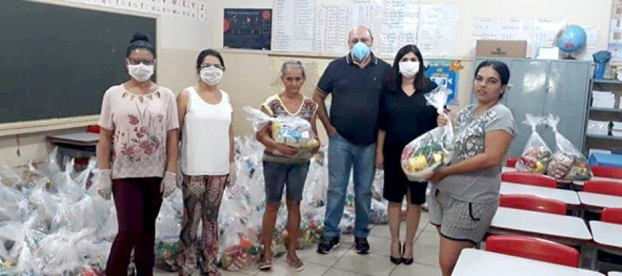 RESPONSABILIDADE SOCIAL: Grupo Colorado doa açúcar para cesta básica de alunos da rede  municipal de Miguelópolis